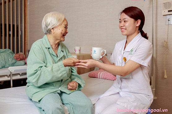 chăm sóc người già tại đài loan
